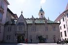El ayuntamiento de Bratislava visto por detrás