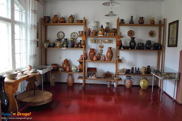 Muzeum Kaszubskie w Kartuzach - ekspozycja o ceramice