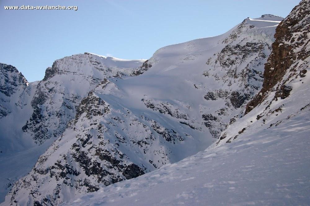 Avalanche Haute Maurienne, secteur Albaron, Glacier supérieur du Vallonnet - Photo 1 - © Duclos Alain