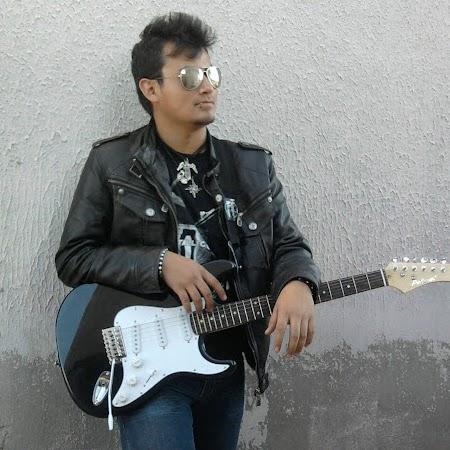 Alejandro Macias Photo 27