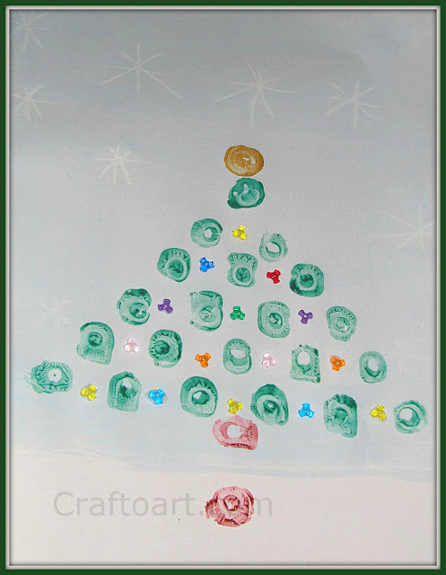 Egg carton stamping: Christmas Tree Art