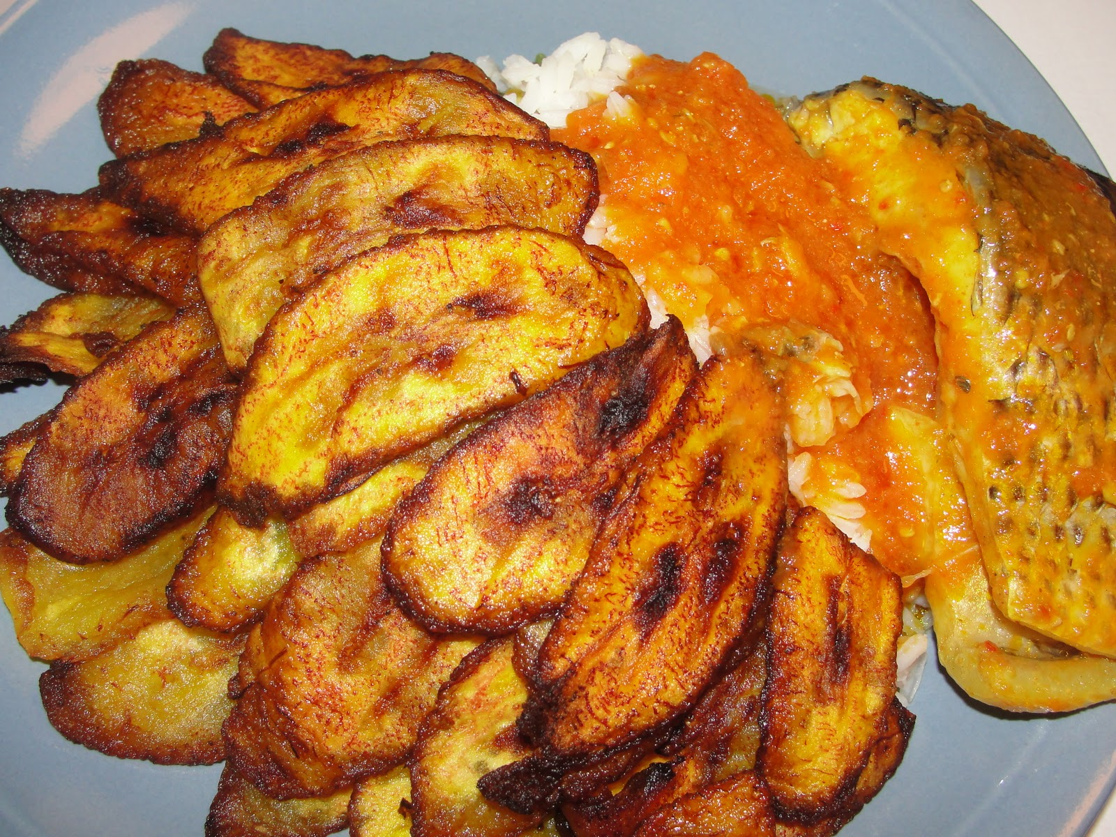 Modern african cuisine dodo ati iresi plantain and rice for African cuisine dishes
