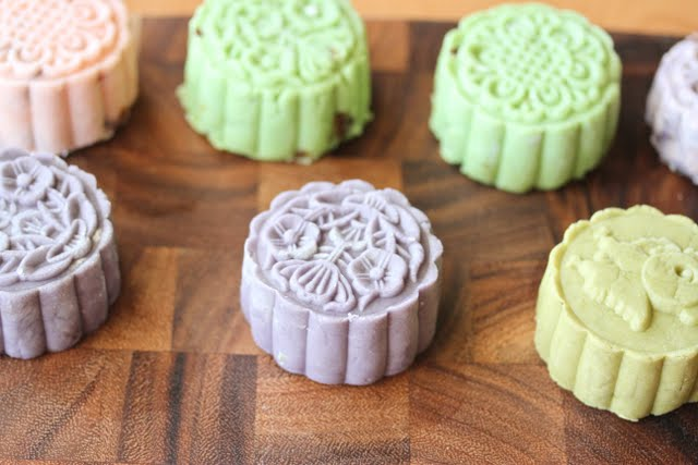 close-up photos of mooncakes