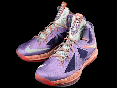 nike lebron 10 gs galaxy 1 06 First Look at Nike LeBron X Galaxy in Kids Sizes