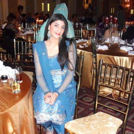 Sara Hashmi Photo 8
