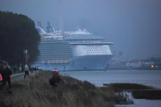 Oasis Of The Seas 2014-10-14 003.JPG