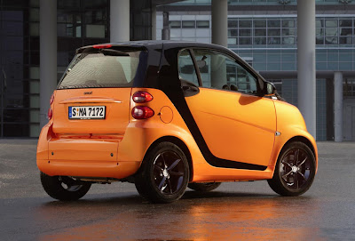 Smart ForTwo NightOrange Coupé (2011) Rear Side