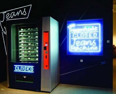Celana I Vending Machine or Jidohanbaiki (自動販売機) di Jepang