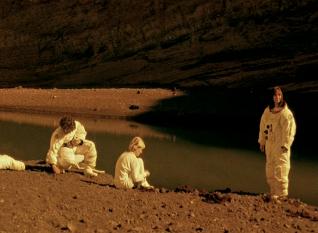 Stranded (2001)   Movies, Films & Flix