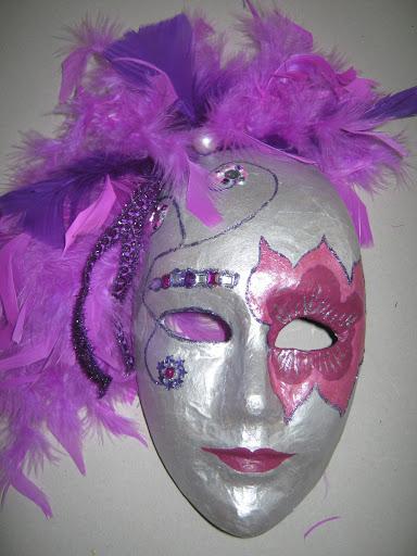 Maskers schilderen op buurvrouwendag 018.jpg