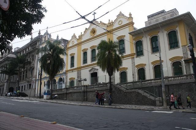 Igreja das Chagas do Seráfico Pai São Francisco 022.jpg
