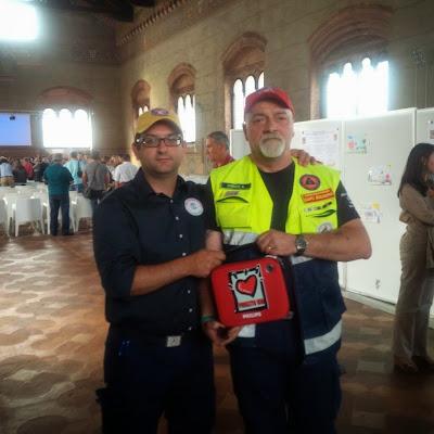 Defibrillatore donato da Progetto Vita
