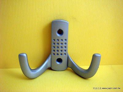 裝潢五金型號:Z635-衣鉤規格:雙鉤顏色:SC 玖品五金