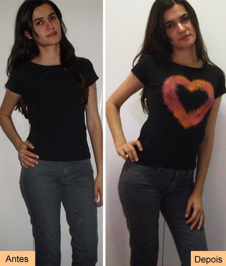 Blusinha customizada com coração