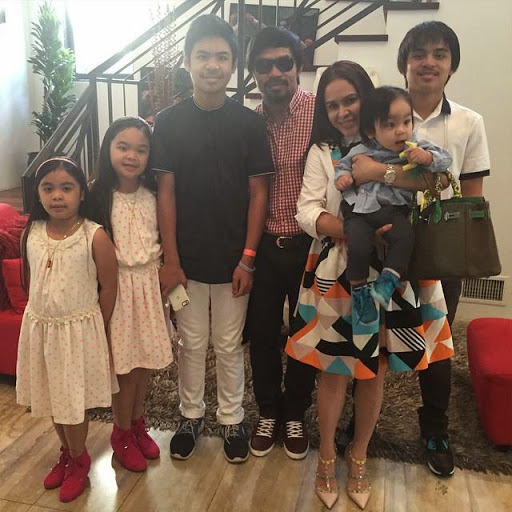 Manny Pacquiao Family Picture