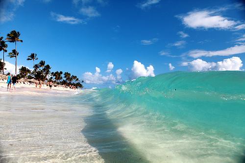 امواج البحر - صور روعة للامواج على شاطيء البحر