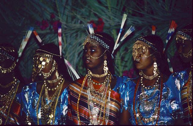 الزواج والافراح فى جيبوتى تتناغم العادات العربية والافريقية (( صور ))Djibouti  016%252520Mariage%252520afars%252520decembre%2525201990