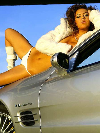 Car Show Girl - Click here to view Full Image