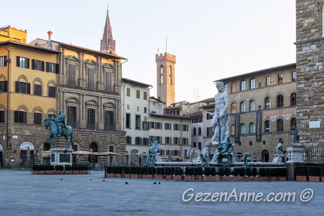 Signoria Meydanı'ndaki heykeller, Floransa