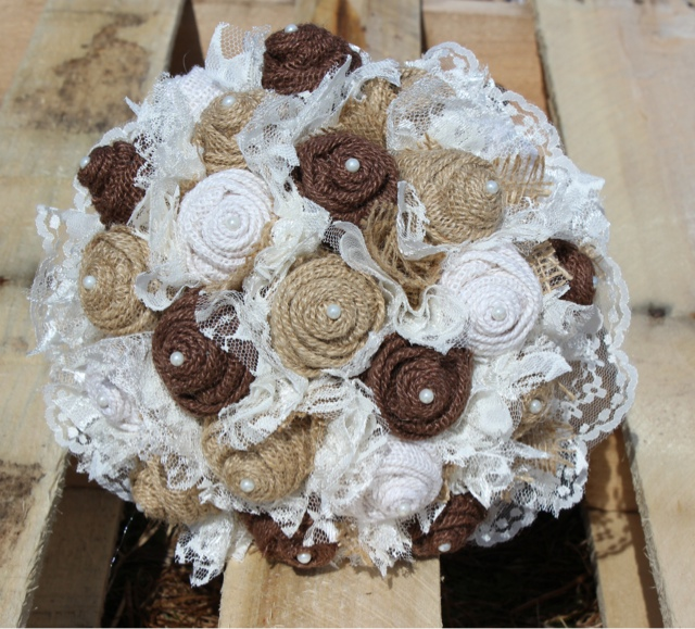 rustic burlap and lace wedding bouquet