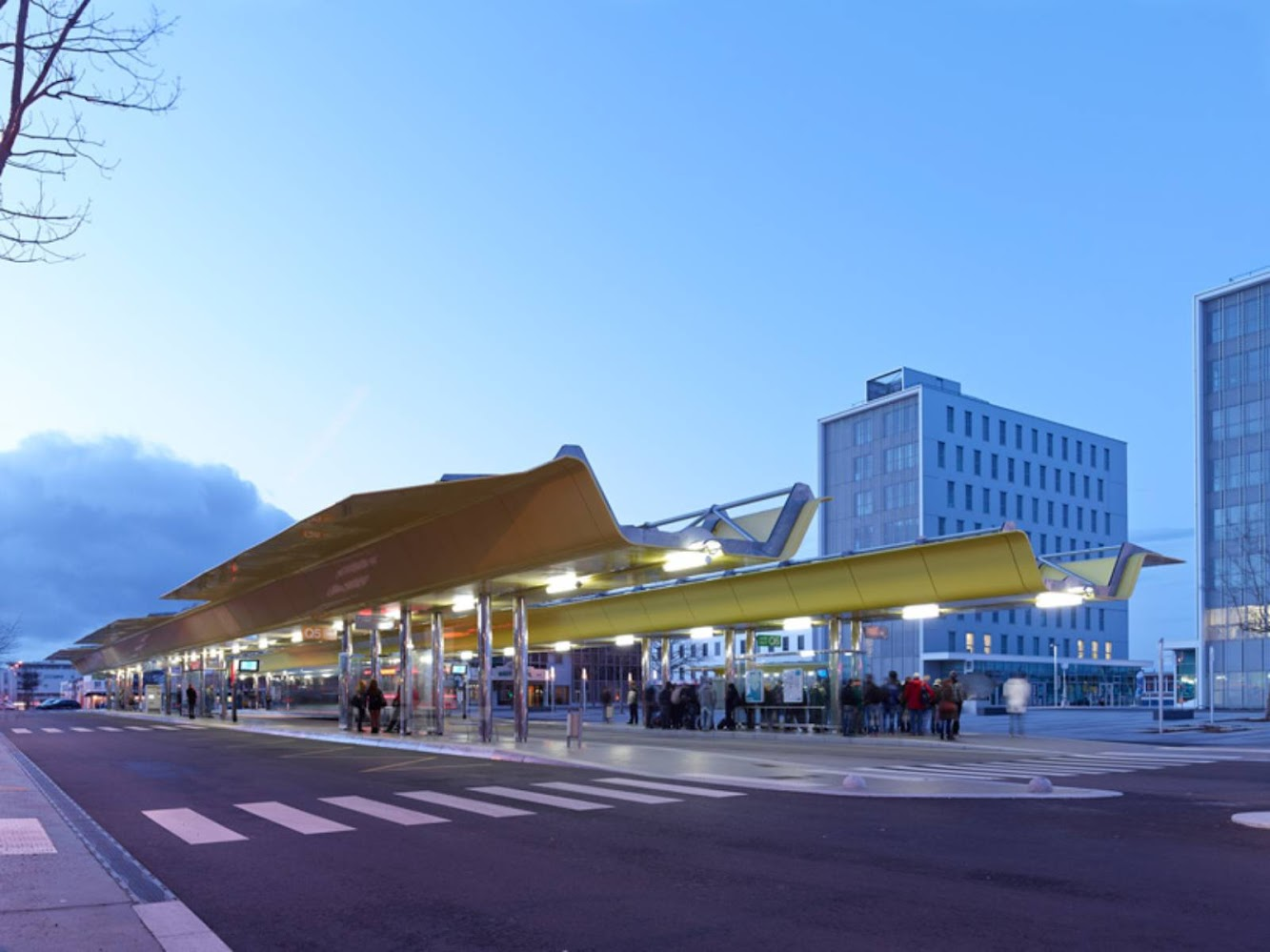 Saint-Nazaire, Francia: Saint Nazaire Railway Station by Tetrarc Architects