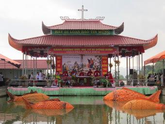 Giáo xứ Đồng Đinh - Chiều áp lễ Mẹ Sầu Bi