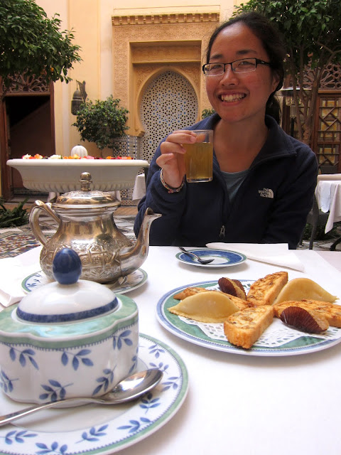 Welcome tea and cookies - Riad Al Moussika