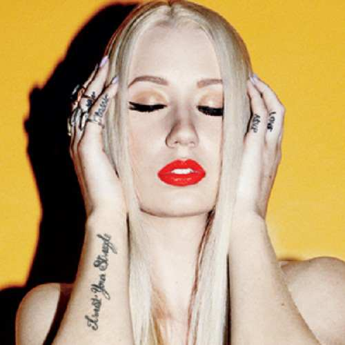 Iggy Azalea - 1 800 Bone Lyrics - 10-15-2012