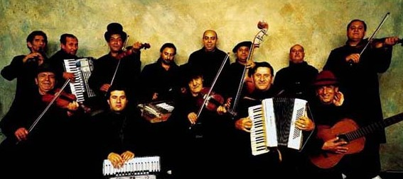 romanian-gypsy-music-group-taraf-de-haidouks