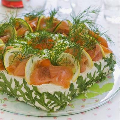 pasta şeklinde salata