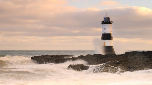 Penmon Lighthouse at Dawn, Anglesey, Wales.jpg