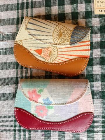 http://www.zizz-shop.com/kanseihin2/ukulele_itiran_01.htm