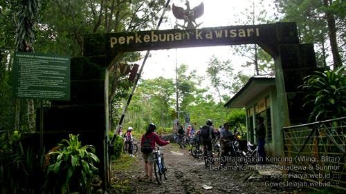 Gerbang Perkebunan Kawisari