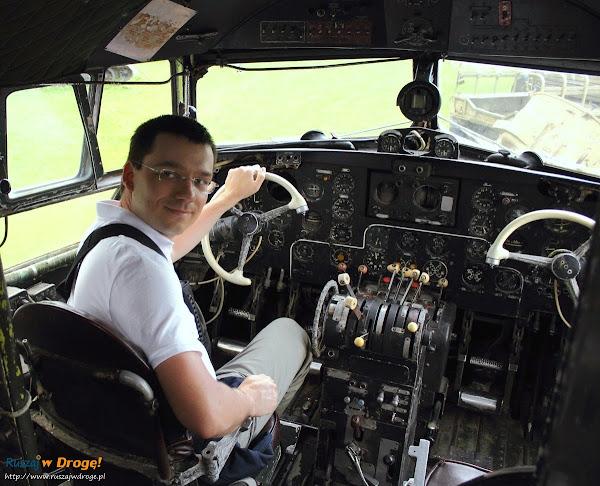 samolot transportowy IŁ-14 w muzeum im. Orła Białego