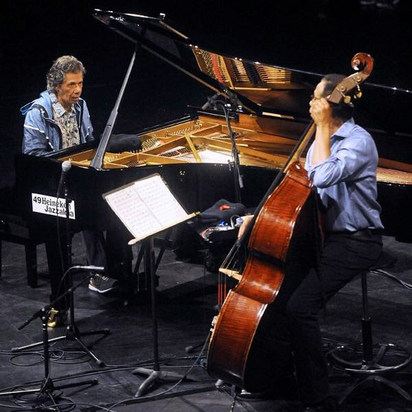 US musician Chick Corea (L) Stanley Clarcke (R) perform during the third day of the 49th Jazzaldia Jazz festival of San Sebastian, north of Spain on July 25, 2014.