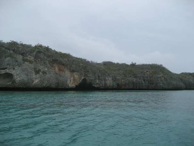 Entrance to the Flamingo Cay cave