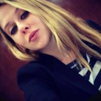 Melanie Reyes's avatar