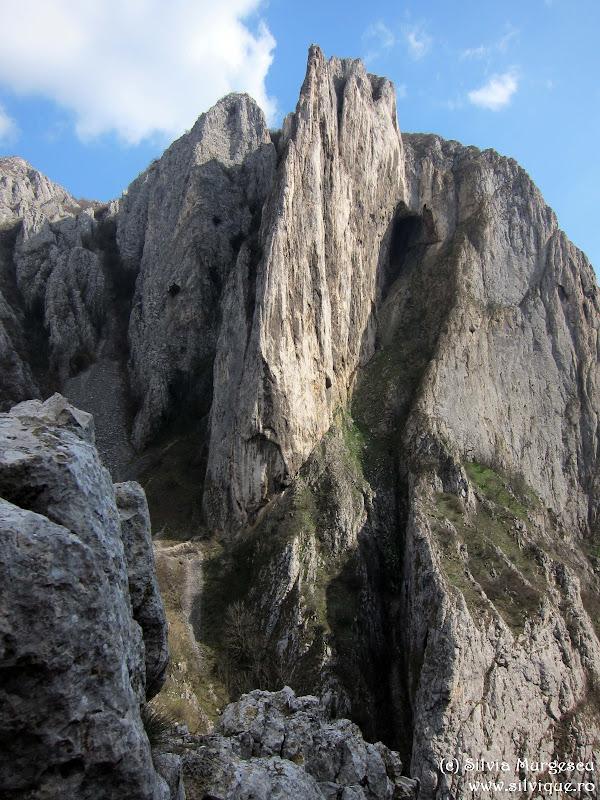 2014.03.09 - Cheile Turzii - Creasta Sansil si Turnul Ascutit