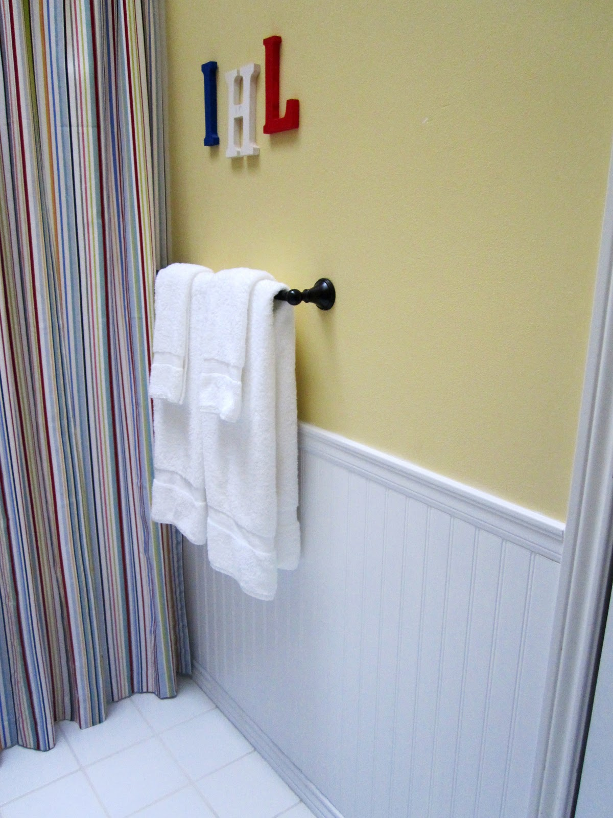 Beadboard in the Bathroom! - At The Picket Fence