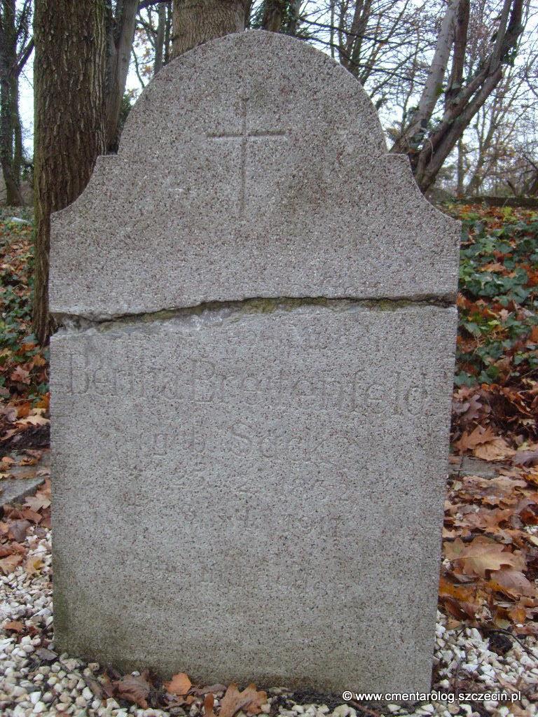 Nagrobek Berthy Breitenfeld (Podjuchy, ul. Ostowa)