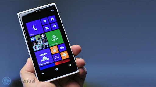 iPhone 5 vs. Lumia 920: Which phone should you get?