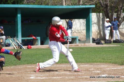 Ricardo Villarreal de Cerveceros en el beisbol municipal
