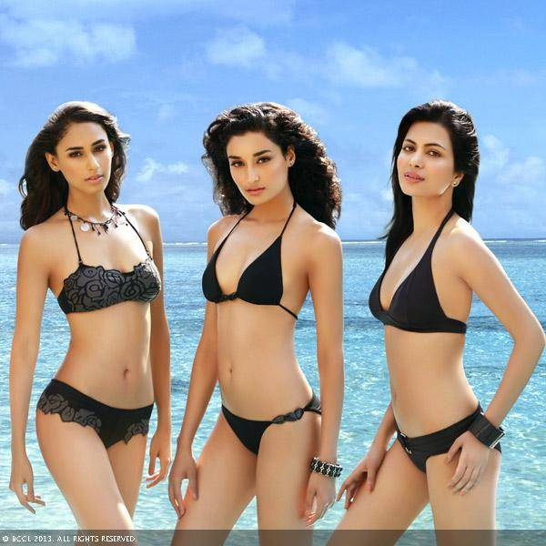 Miss India 2011 winners Hasleen Kaur, Kanishtha Dhankar and Ankita Shorey pose for Femina Miss India calender 2012.