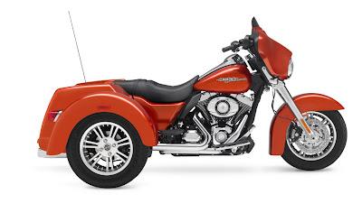 2011-Harley-Davidson-FLHXXXStreetGlideTrike