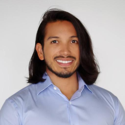 Kelvin Flores