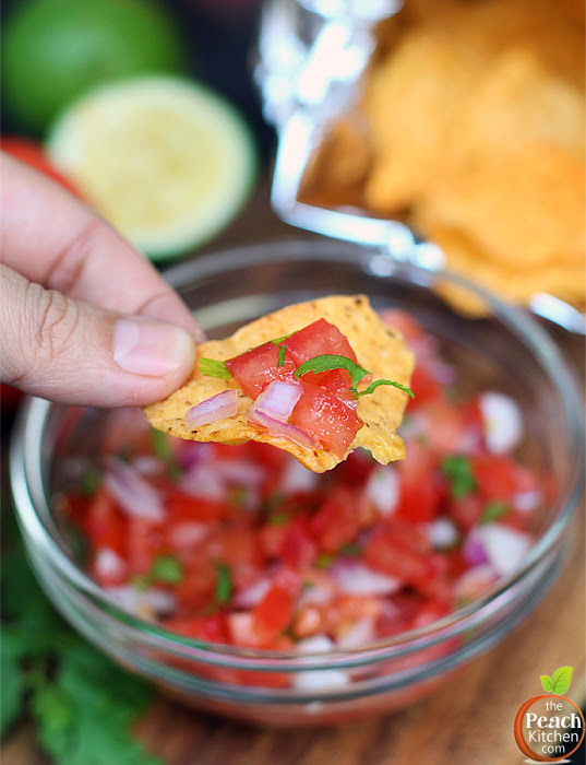 Pico De Gallo and Chacho's Tortilla Chips | www.thepeachkitchen.com