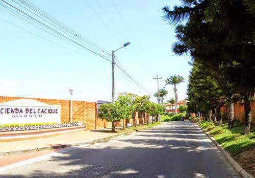 Casa Fliar. Hacienda El Cacique