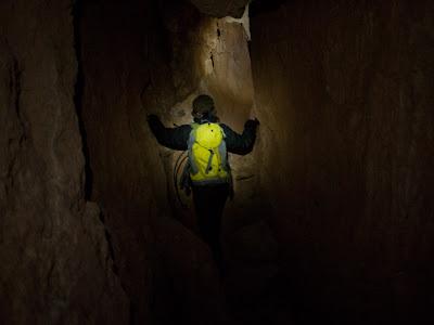 Un dels túnels de les Cambrotes