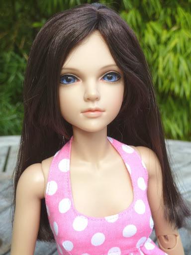 Alice (Leona JID Iplehouse) en cure de remise en forme (p 2) Essai%2520perruques05