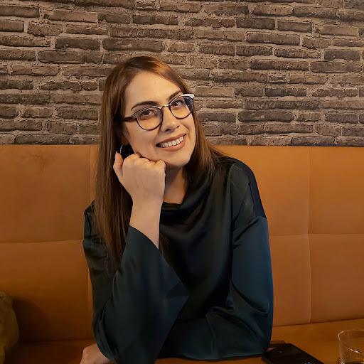 Jelena Veljkovic Photo 7